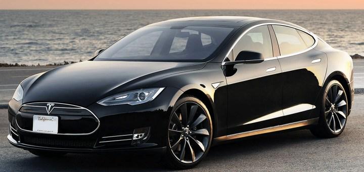 Tesla Türkiye'de İlk Mağazasını Zorlu Center'da Açıyor
